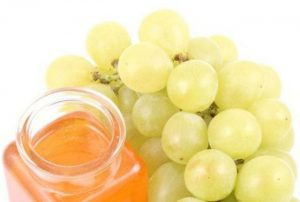 Grapes with Honey for Wrinkles
