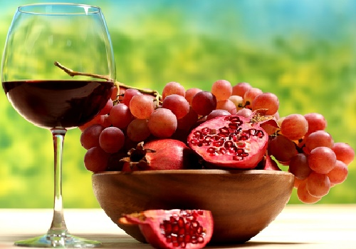 Pomegranate and Grapes Juice