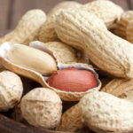 Best Health and Beauty Benefits of Eating Peanuts